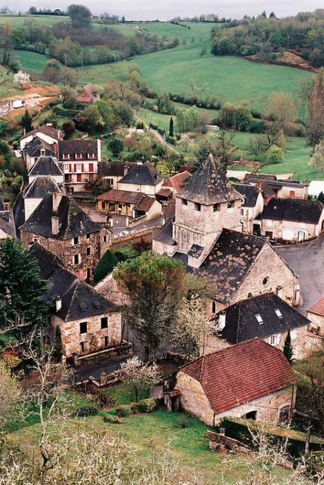 ancient village, Provence, France, via Blue Pueblo, tumblr